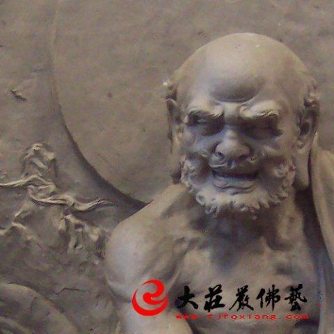 泥塑罗汉像