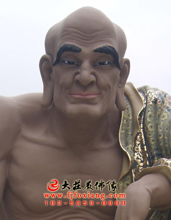 彩绘描金戍博迦尊者塑像