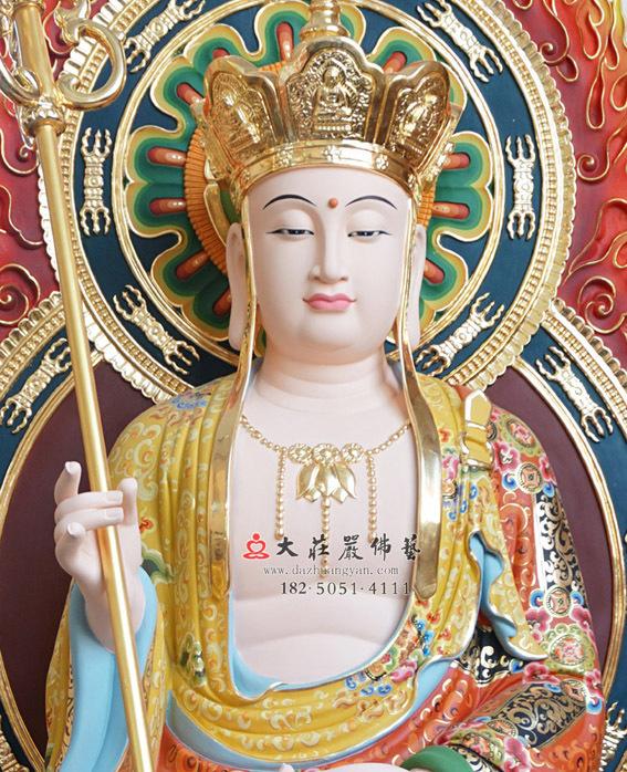 铜雕地藏王菩萨正面近照